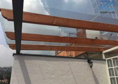 Designalum-domo-cristal-pergola-madera