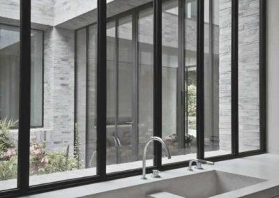 designalum-puertas-y-ventanas-cocina